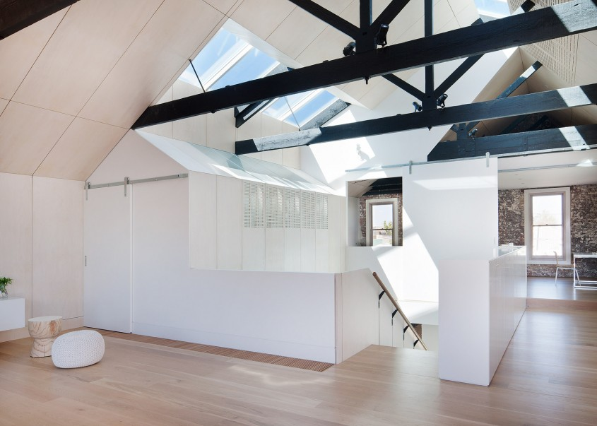 Depozit din caramida este acum o casa primitoare si luminoasa - Depozit din caramida este acum