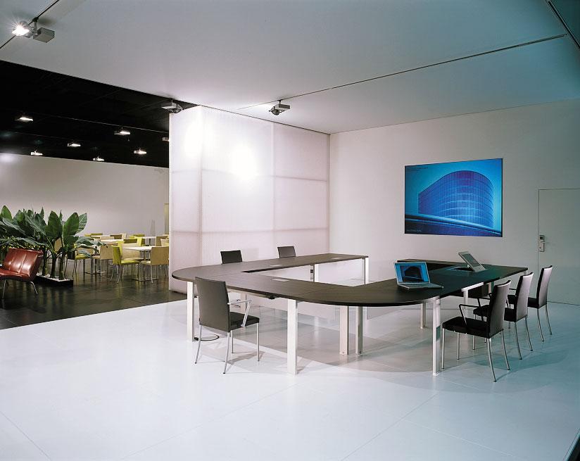 Aplicatie interior - Panouri arhitecturale translucente – interior / exterior