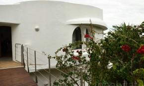 Locuinta Galilai - O casa care se roteste pentru a profita de soare si a se proteja {focus_keyword} O casa care se roteste pentru a profita de soare si a se proteja rotating house somerset west ray alexander 4  148477