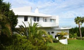 Locuinta Galilai - O casa care se roteste pentru a profita de soare si a se proteja