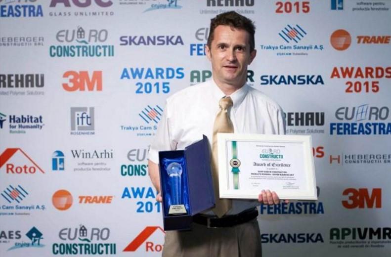 SAINT-GOBAIN premiata la Euro-Constructii 2015 - SAINT-GOBAIN premiata la Euro-Constructii 2015