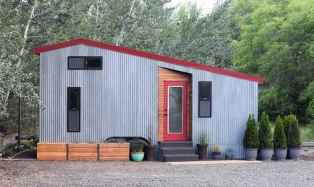 O casă completă de aproximativ 19 metri pentru familie - O casă completă de aproximativ 19 metri pentru familie