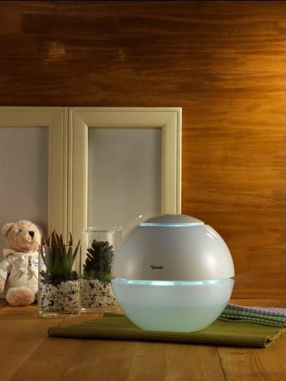 Copii mai sanatosi datorita noilor aparate de umidificare si purificare a aerului de la Duux -
