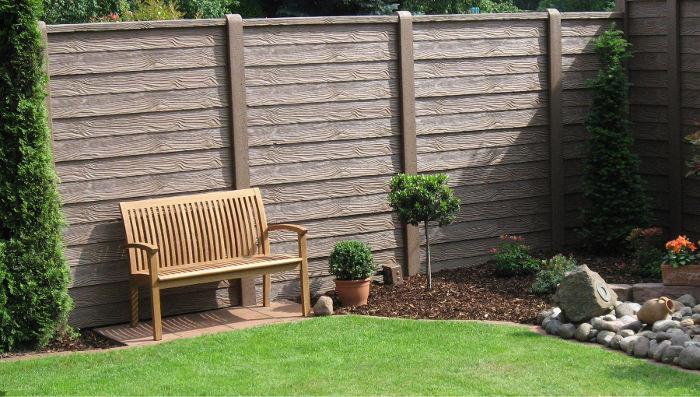Gard de beton care imita lemnul - Model gard de beton care imita lemnul