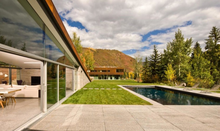 O casa acoperita cu pamant si vegetatie pentru un plus de eficienta - O casa acoperita