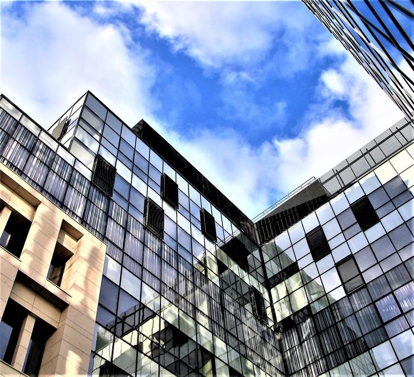 SPECTRUM INOVATIV & INDUSTRIES - proiecte noi din 2016 Center Square Alecsandri 8 - SPECTRUM INOVATIV