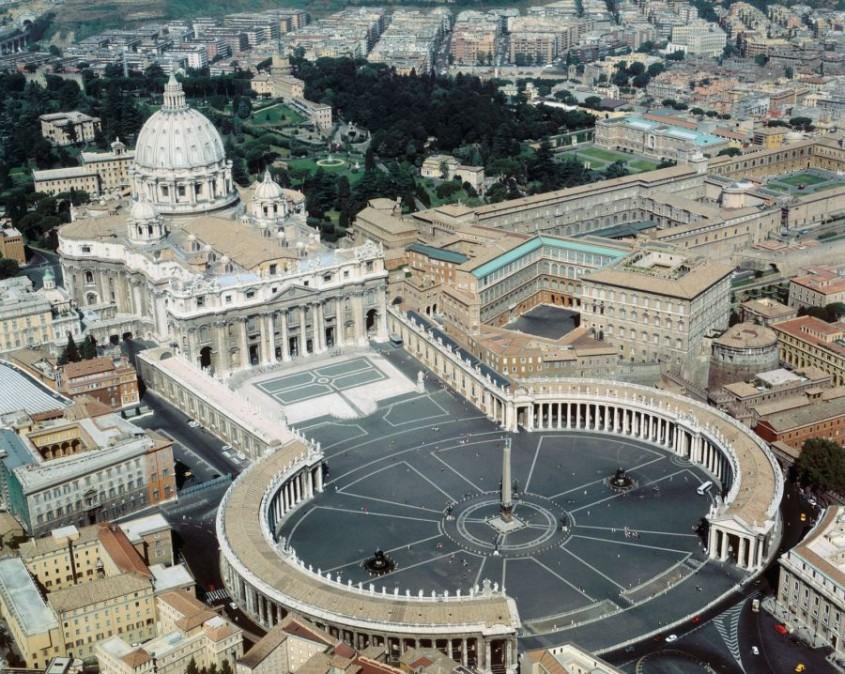 Piata Sfantul Petru, Vatican - Lectia de arhitectura - emblemele stilului baroc