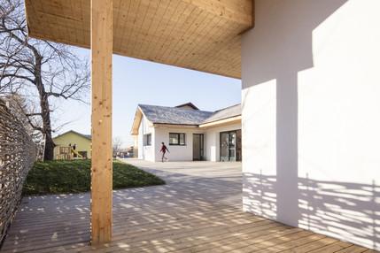 Centrul de educatie a comunitatii rome CERC Boldesti-Scaeni si amenajarea peisagera conexa acestuia - cerc boldesti scaieni