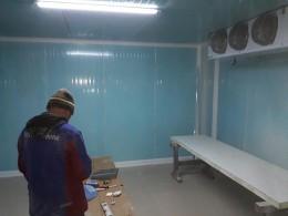 Etapa din realizarea unei camere frigorifice - Proiecte Republic Invest