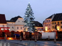 Brad, Piata Mica, Sibiu - 2007-2008 - Executie sisteme de iluminare