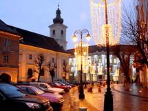 Ghirlande, Piata Mica, Sibiu - 2007-2008 - Executie sisteme de iluminare