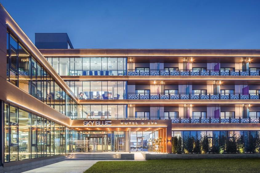 Hotelul Sky Blue Ploiesti - 3 exemple de cladiri care asigura cele mai inalte standarde de