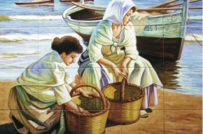 Femei pe malul marii - Faianta pictata pentru living