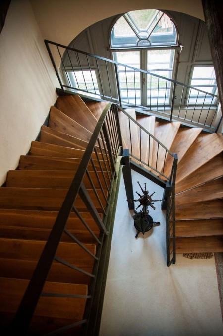 Scara interioara - Casele de Oaspeti Cincsor - o restaurare excelenta pentru turismul autentic