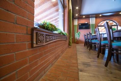 Caramida IERO BRICK utilizata in amenajarea unui restaurant  - Prezentare amenajari cu caramida IERO BRICK