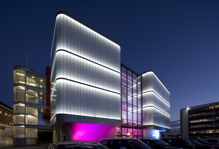 Colin Ball - Lancashire Cricket Club Manchester - Interactioneaza cu arhitecti si designeri de interior de