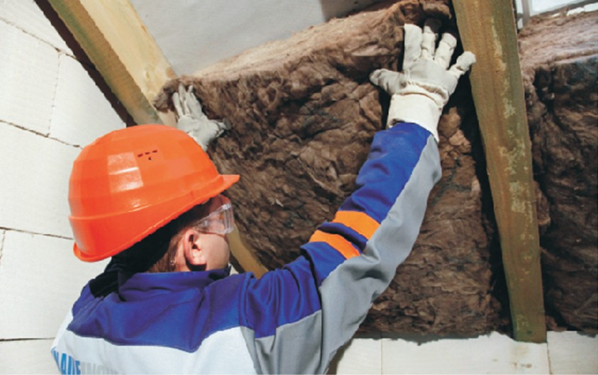 Izolarea acoperisurilor inclinate - etape de montare vata minerala de sticla - Izolarea acoperisurilor inclinate -