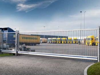 Delta - poarta culisanta in consola - Porti industriale