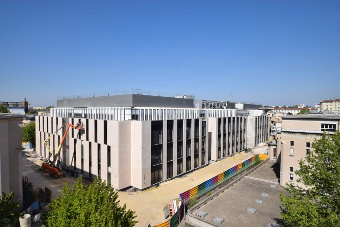 Arhitectii Razvan Gorcea si Michel Rémon vor prezenta la Building Health Bucharest 2017 noul spital ÉDOUARD HERRIOT din Lyon - Arhitectii Razvan Gorcea si Michel Rémon vor prezenta la Building Health Bucharest 2017 noul spital ÉDOUARD HERRIOT din Lyon