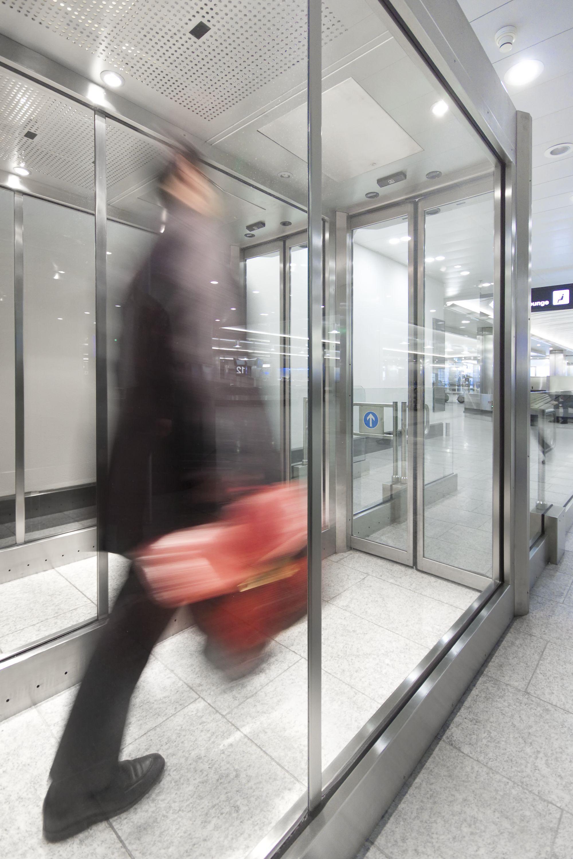 FlipFlow - usi securizate usi acces controlat usi control acces - Siguranta in aeroporturi - FlipFlow