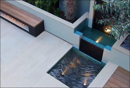 Elemente decorative în amenajările care utilizează apa în diferite ipostaze - Elemente decorative în amenajările care