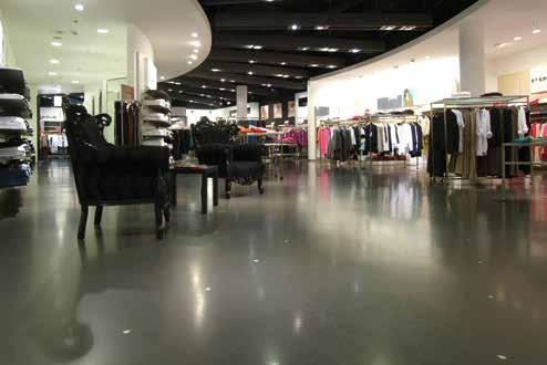 Pardoseala pentru trafic pietonal intens in magazinul Krause din Sihlcity mall in Zurich Elvetia - Pardoseli