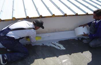 Armarea imbinarilor constructive - Hidroizolarea corecta a unui acoperis si protectia membranei cu materiale reflexive