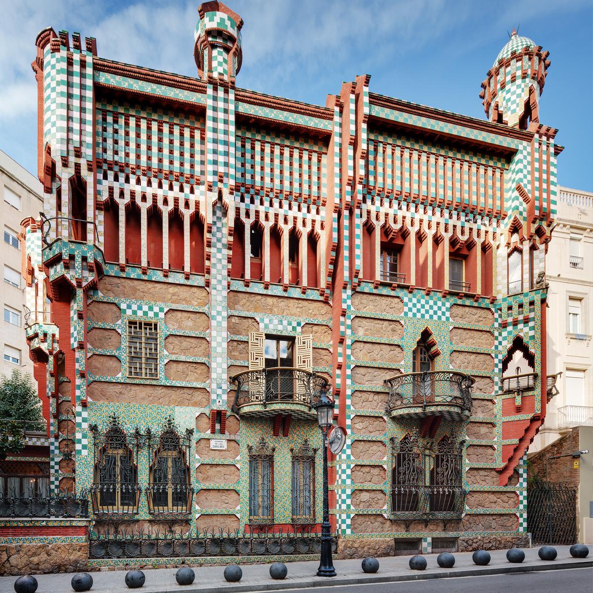 Casa Vicens - Arhitectura din operele lui Antonio Gaudi