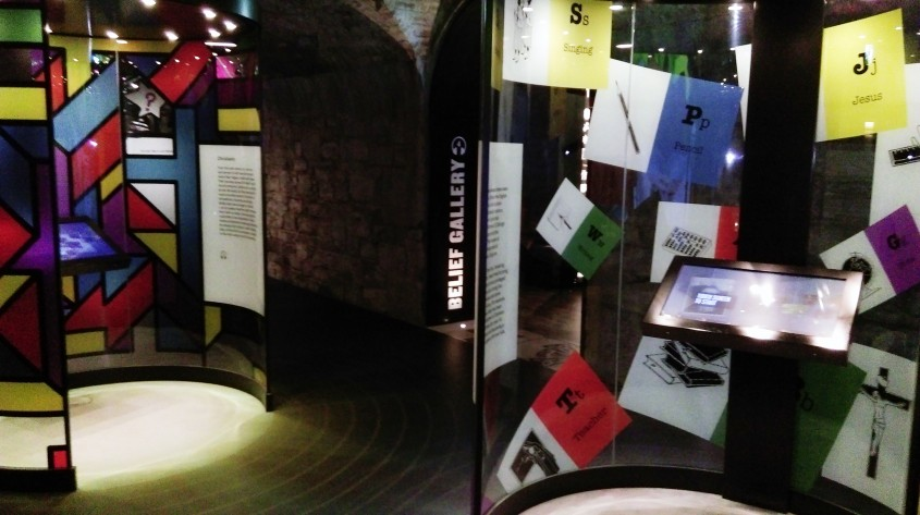 Galeria credintei si a religiei - Muzeul Emigrației Irlandeze EPIC un spectacol vizual și interactiv care