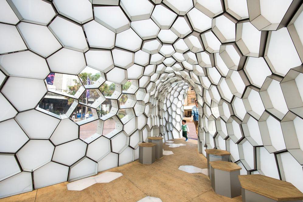 Pavilion cu forme geometrice - Pavilion cu forme geometrice - interior