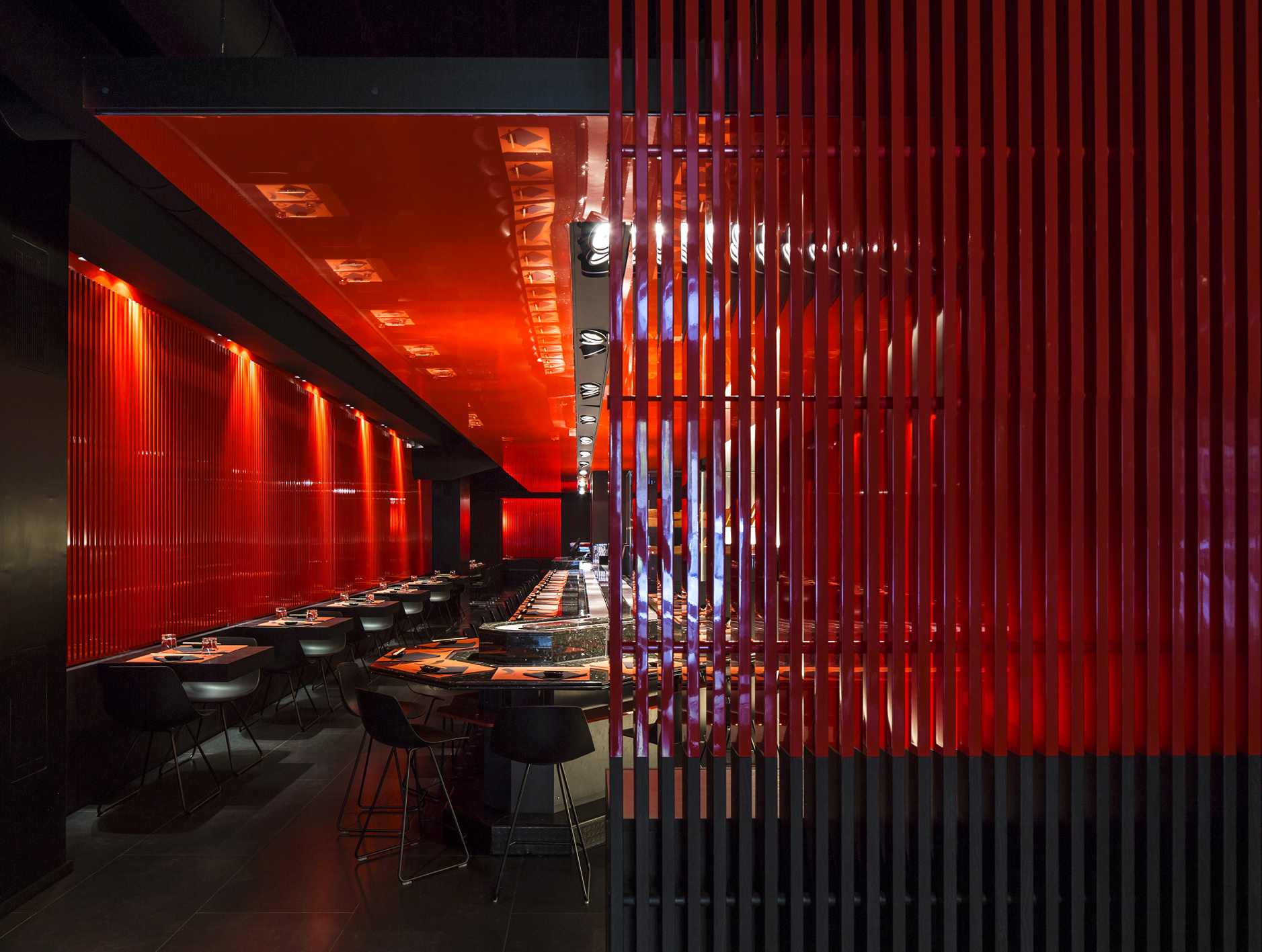 courtesy of Carlo Berarducci Architecture - Finalist la INSIDE si LEAF Awards la categoria restaurante invitat