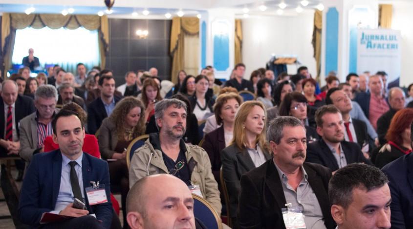 Aproape 60% dintre oamenii de afaceri din Prahova si judetele invecinate sunt increzatori si foarte increzatori