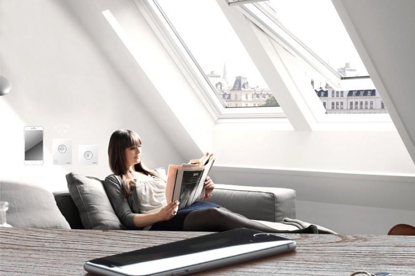 VELUX Active ferestre de mansarda controlate automat pentru case inteligente - VELUX Active ferestre de mansarda