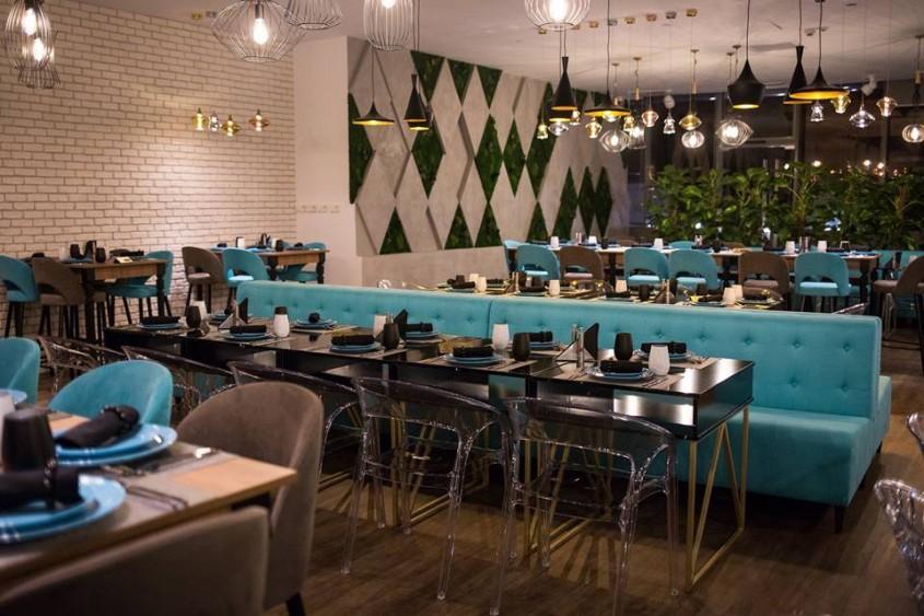 SEVA Cuisine&Lounge un local unde glamourul si elementele de inspiratie naturala te invita sa te distrezi