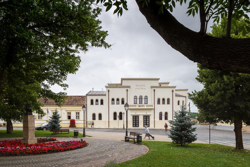 Palatul Cultural Blaj - Palatul Cultural Blaj sau reabilitarea remarcabila a unei bijuterii arhitecturale