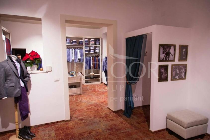 Montaj mocheta la un magazin vestimentar din Iasi - Mocheta cu design Vintage - o mocheta