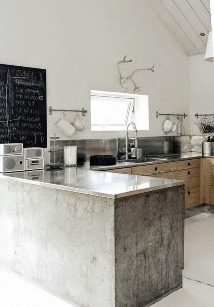 Ipostaze ale betonului aparent in spatiul bucatariei  - Ipostaze ale betonului aparent in spatiul bucatariei