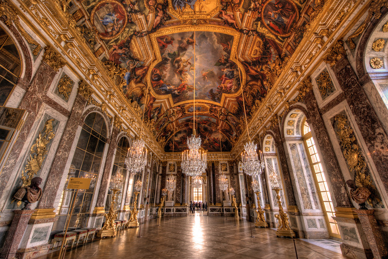 Palatul Versailles, Paris - Sala Oglinzilor - Lectia de arhitectura - emblemele stilului baroc