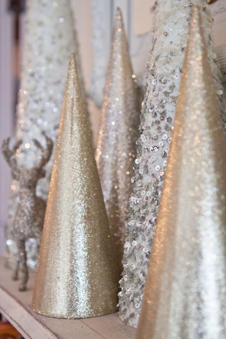 Decoratiuni in culori metalice - Cum intampinam Craciunul 2016? Gaseste aici cateva sugestii pentru decoratiuni in tendinte!