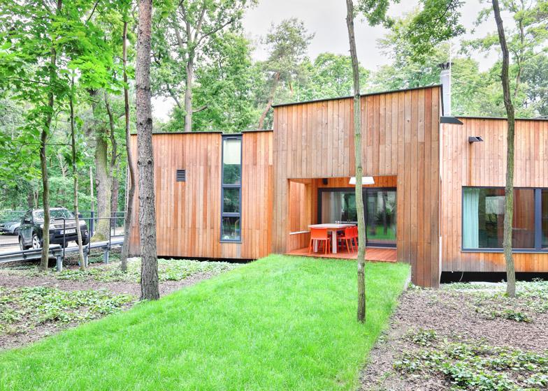 O casa construita in jurul copacilor existenti - O casa construita in jurul copacilor existenti