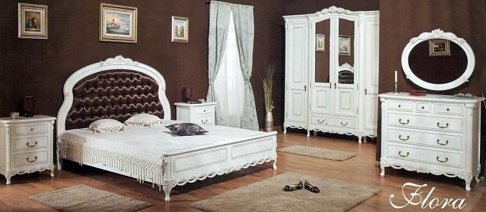 Dormitor Flora - Mobila de dormitor din lemn masiv: standard sau la comanda?