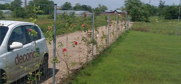 stalpi-rotunzi-01 - Stalpii rotunzi - potriviti pentru orice tip de gard metalic
