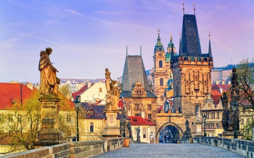 O calatorie arhitecturala prin Praga, orasul celor 100 de clopotnite - partea a II-a - O călătorie arhitecturală prin Praga, orașul celor 100 de clopotnițe - partea a II-a