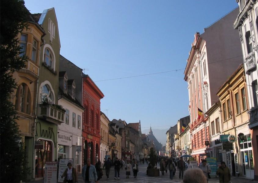 Situatia fatadelor cladirilor istorice din inima Transilvaniei prezenta la RIFF Bucuresti - Situatia fatadelor cladirilor istorice