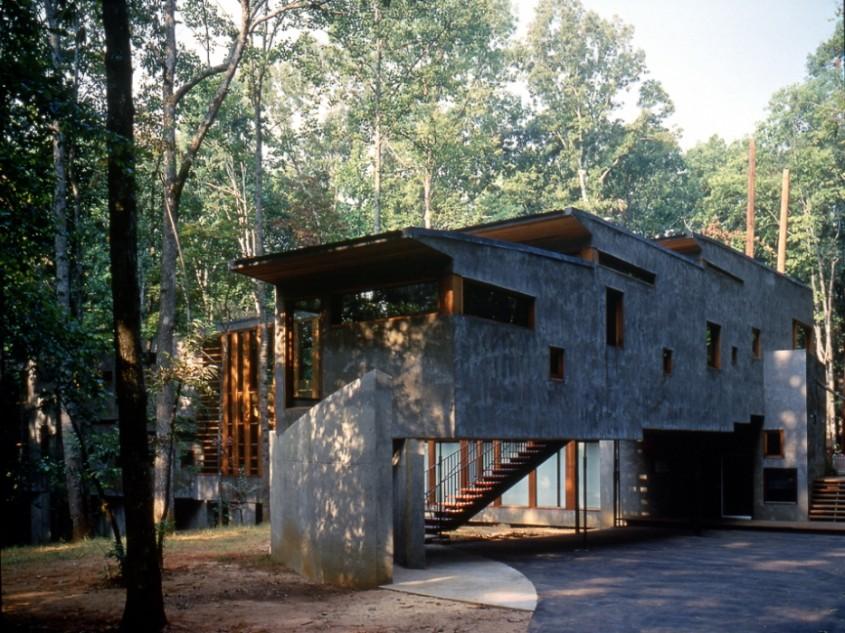 Casa Chmar - Case din lemn, beton sau metal?
