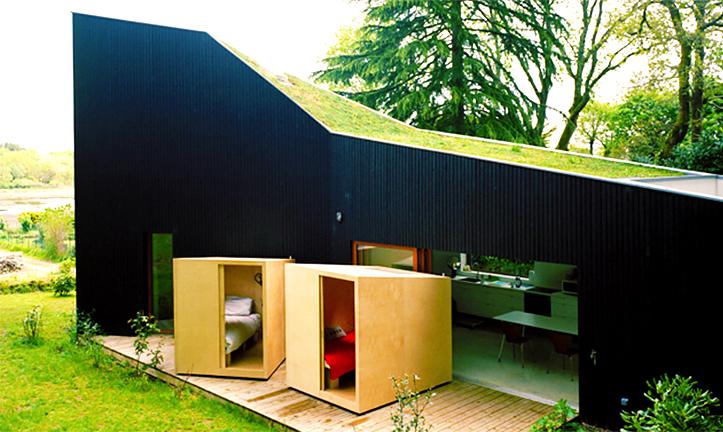O casa cu domitoare mobile - O casa cu domitoare mobile