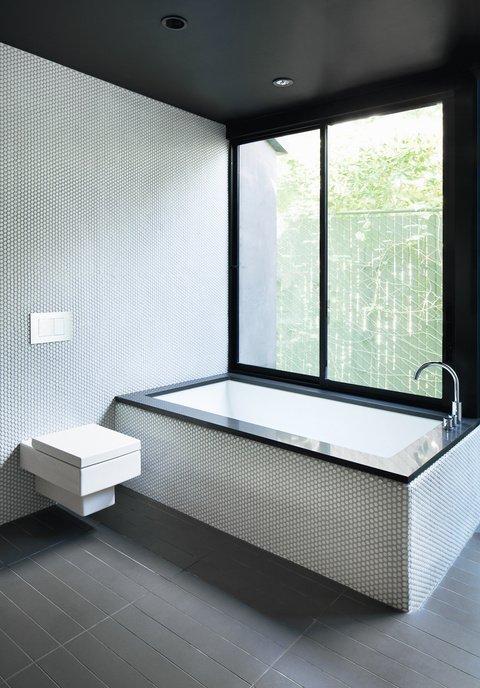 Banutii de mozaic creaza un decor deosebit - Banutii de mozaic creaza un decor deosebit