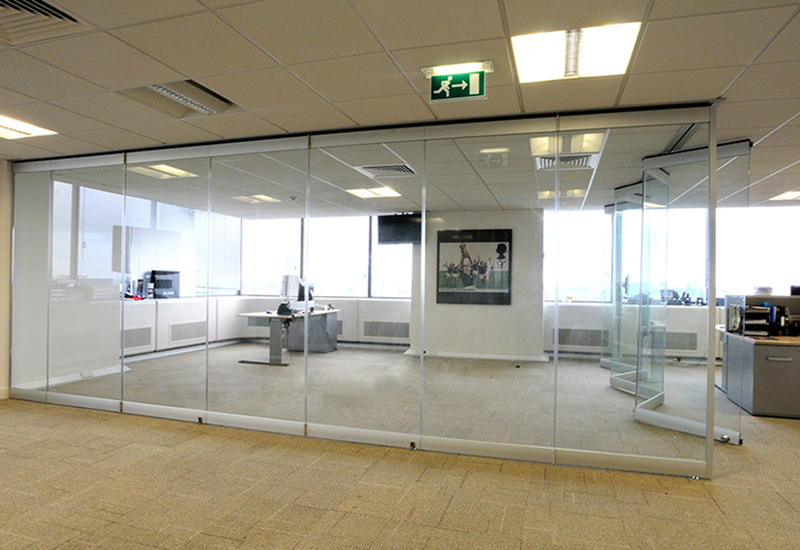 Pereti interiori de sticla - Inchideri terase si balcoane, pereti si compartimentari interioare din sticla