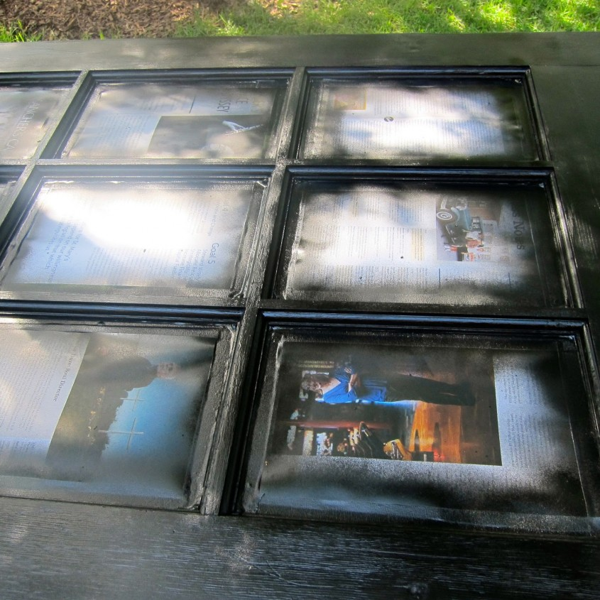 Cand usa cu geamuri devine o masa pentru gradina - Cand usa cu geamuri devine o