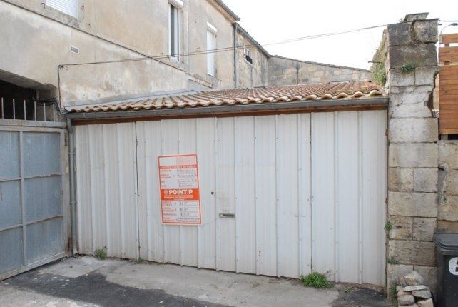 Un vechi garaj transformat in studio - Un vechi garaj transformat in studio
